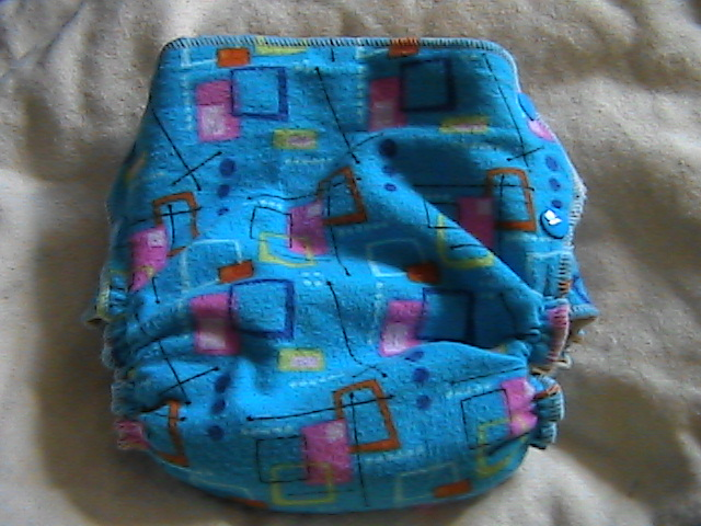Squares & Dots Hemp Fitted size Small Side-Snapping