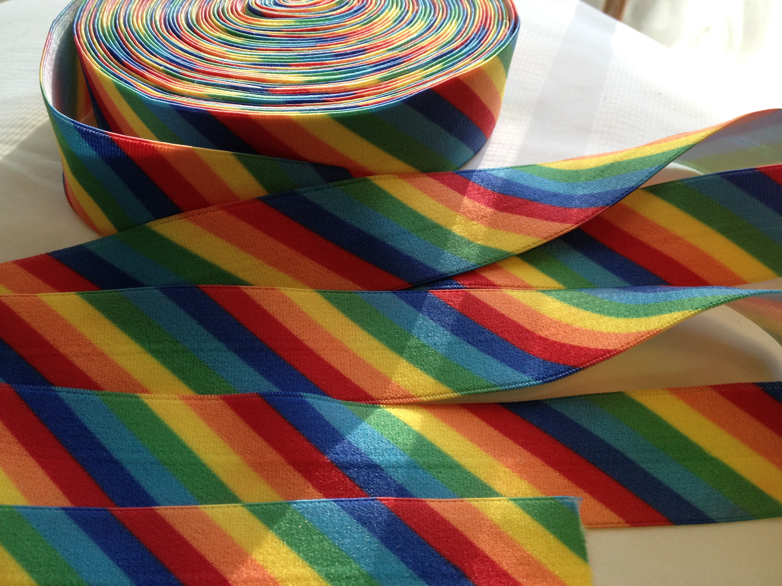 "1"" FOE Rainbow"